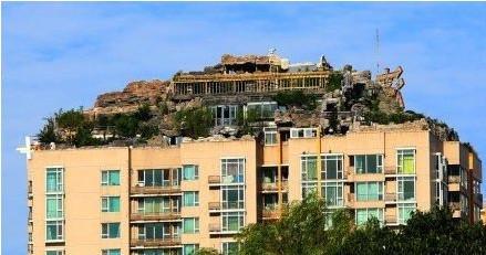 教授在楼顶盖别墅施工6年 违章建筑可依法拆除 图